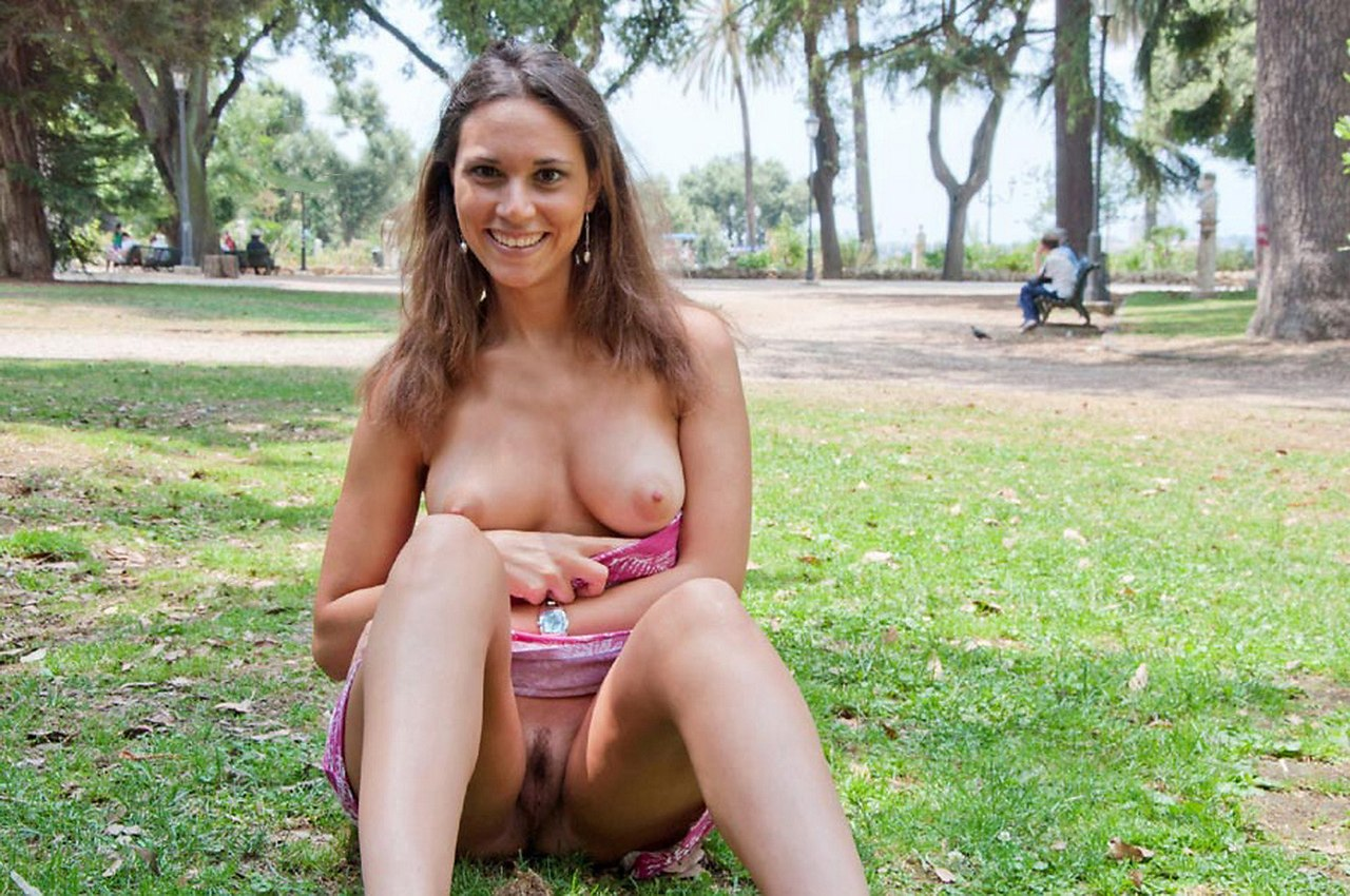 Lady Exposing Hairy Pussy Under Skirt In The Nature Nude Girls Pictures